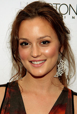Leighton Meester Knows How to Set the Mood
