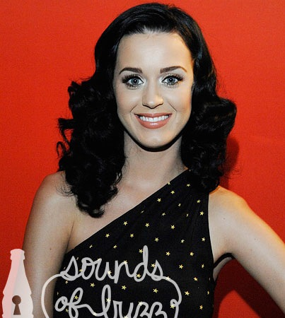 VIDEO: Katy Perry Rocks Hollywood
