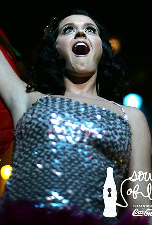 PHOTO GALLERY: Katy Perry Live from Hollywood!