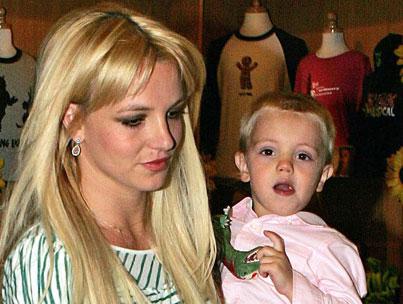 VIDEO: Britney Spears Covers Alanis Morissette