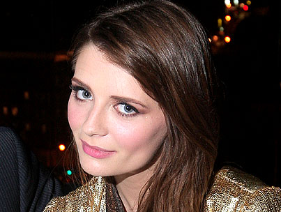 Mischa Barton Says She's All Better Now