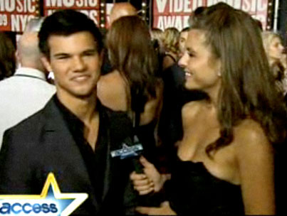 VIDEO: Taylor Lautner Reveals His Crush-photo