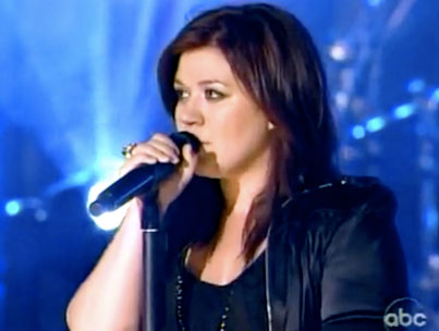 VIDEO: Kelly Clarkson Does Jimmy Kimmel Live!