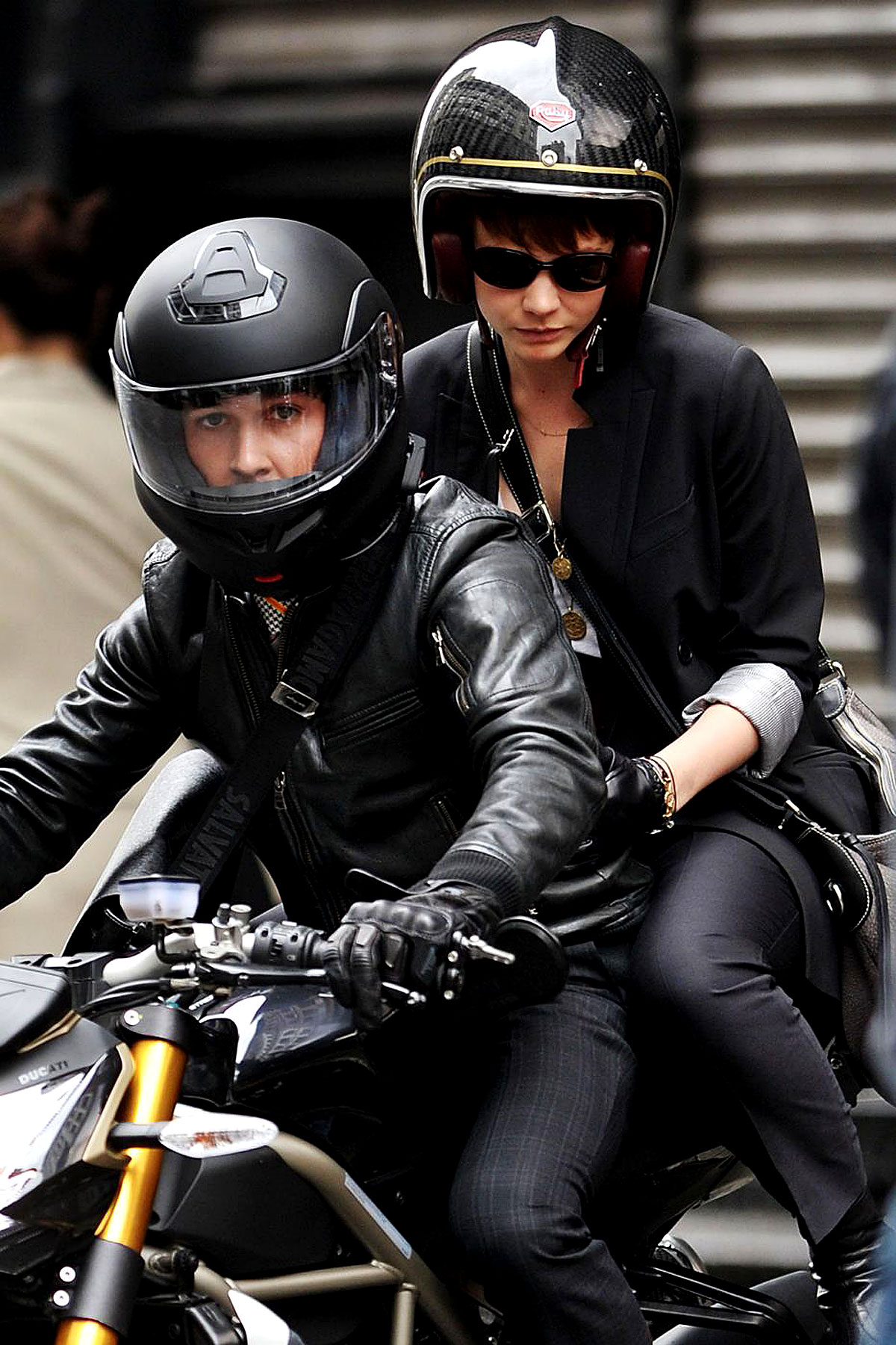 PHOTO GALLERY: Shia & Carey Film 'Wall Street'