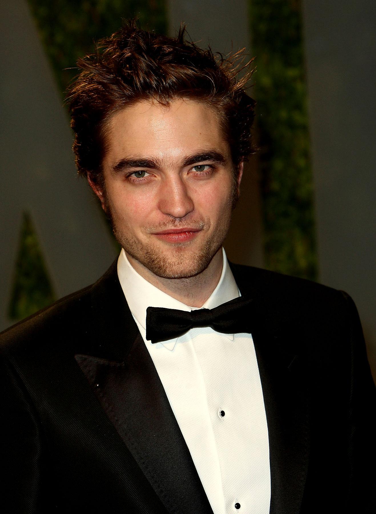 PHOTO GALLERY: Robert Pattinson, Best-Dressed?