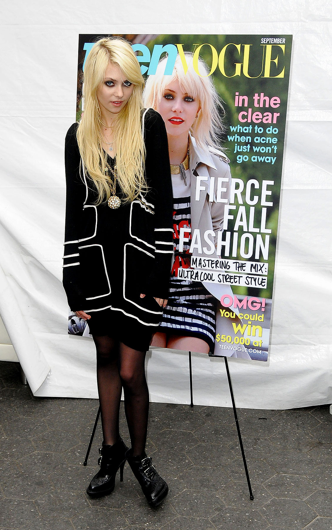 PHOTO GALLERY: Taylor Momsen Covers Teen Vogue
