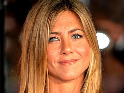 Jennifer Aniston: Still in Tears Over Brad Pitt?