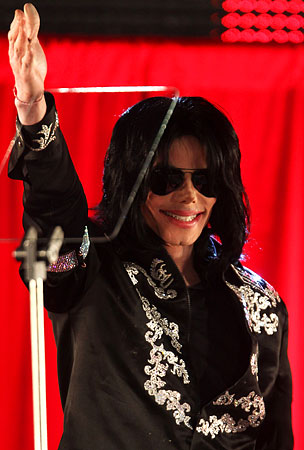 "Michael Jackson Called Hitler ""Genius"""