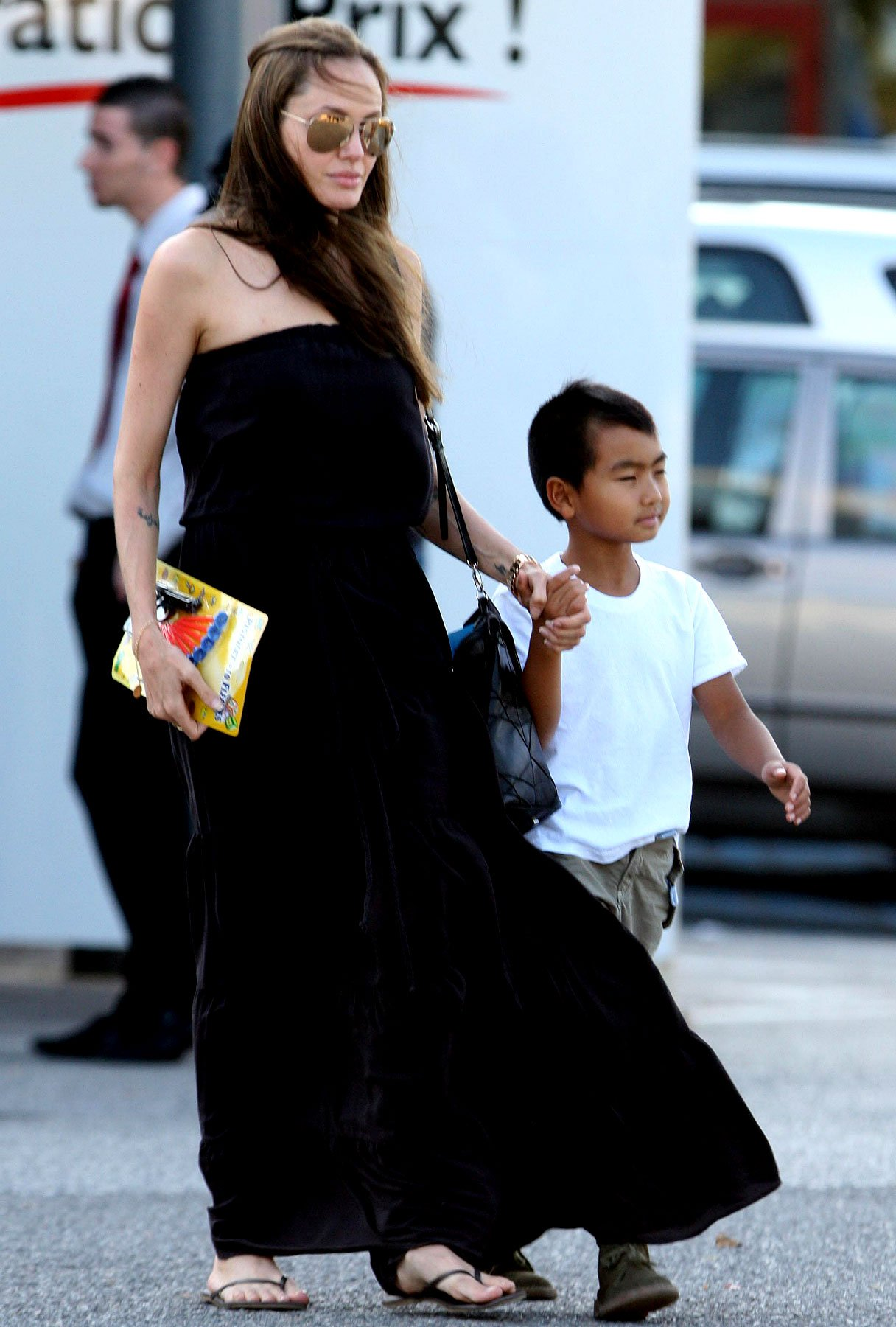 PHOTO GALLERY: Angelina Jolie and Maddox Are Gunning for Success