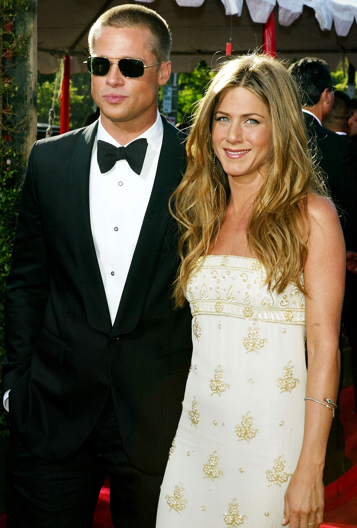 Jennifer Aniston and Brad Pitt DID NOT Meet Up in New York