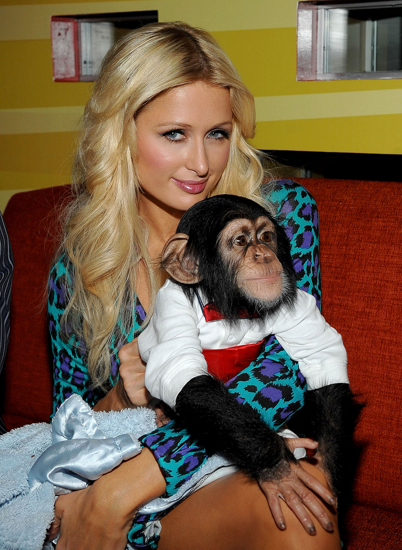 PHOTO GALLERY: Paris Hilton Monkeys Around