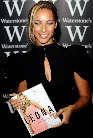 Leona Lewis Punched by Fan at Book Signing