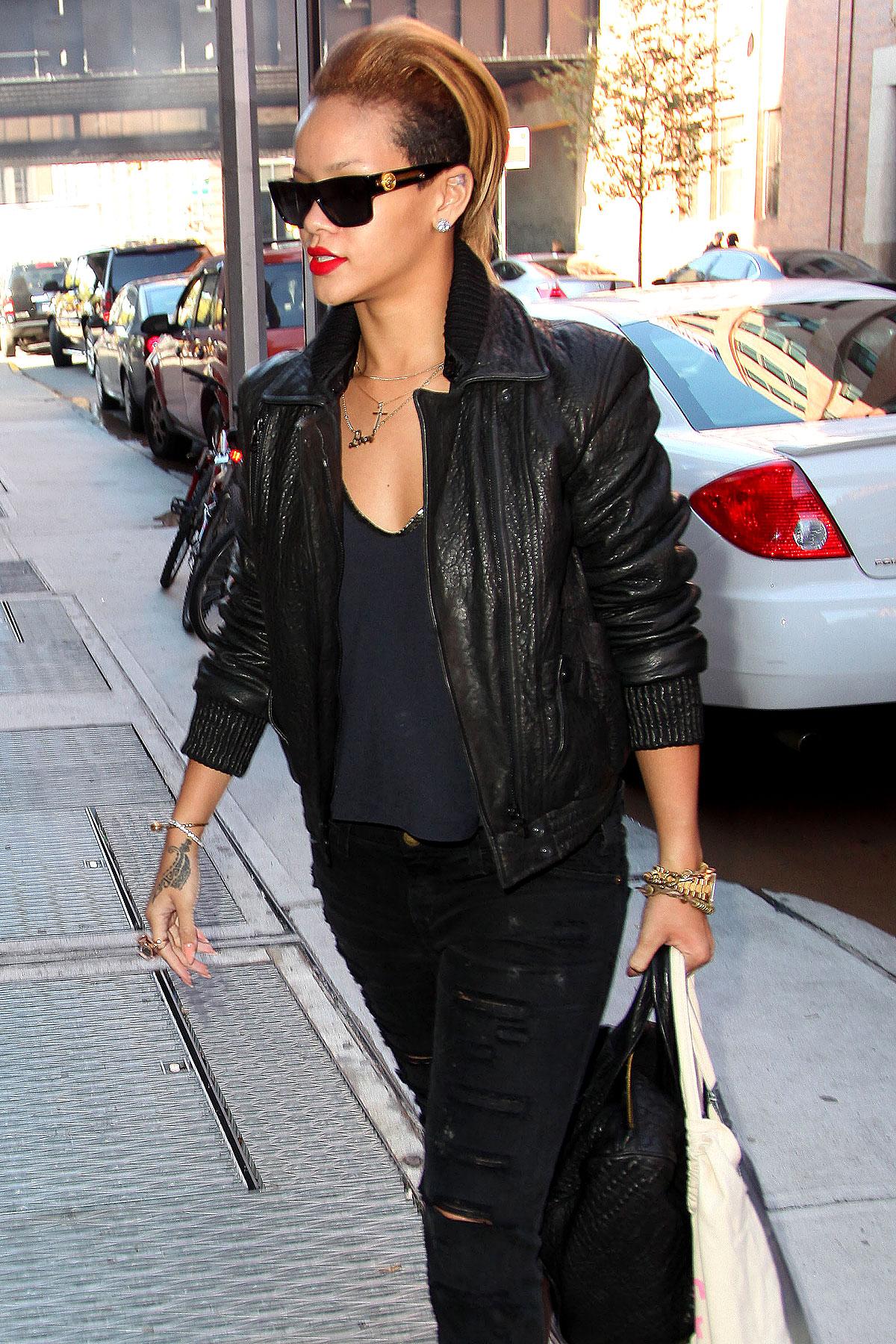 PHOTO GALLERY: Rihanna at Milk Studios and Music Video Shoot