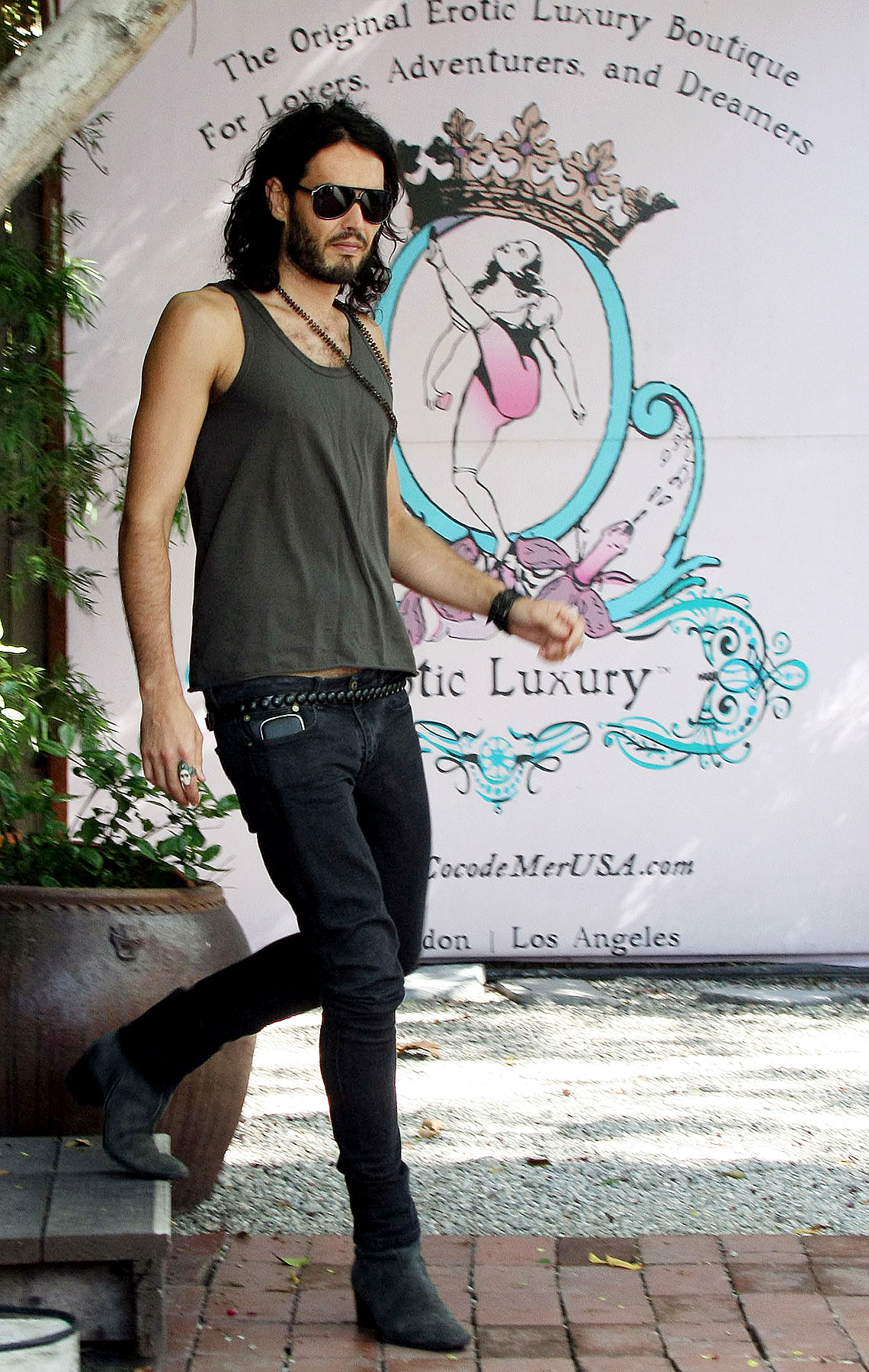 "PHOTO GALLERY: Russell Brand Hits Up an ""Erotic Boutique"""