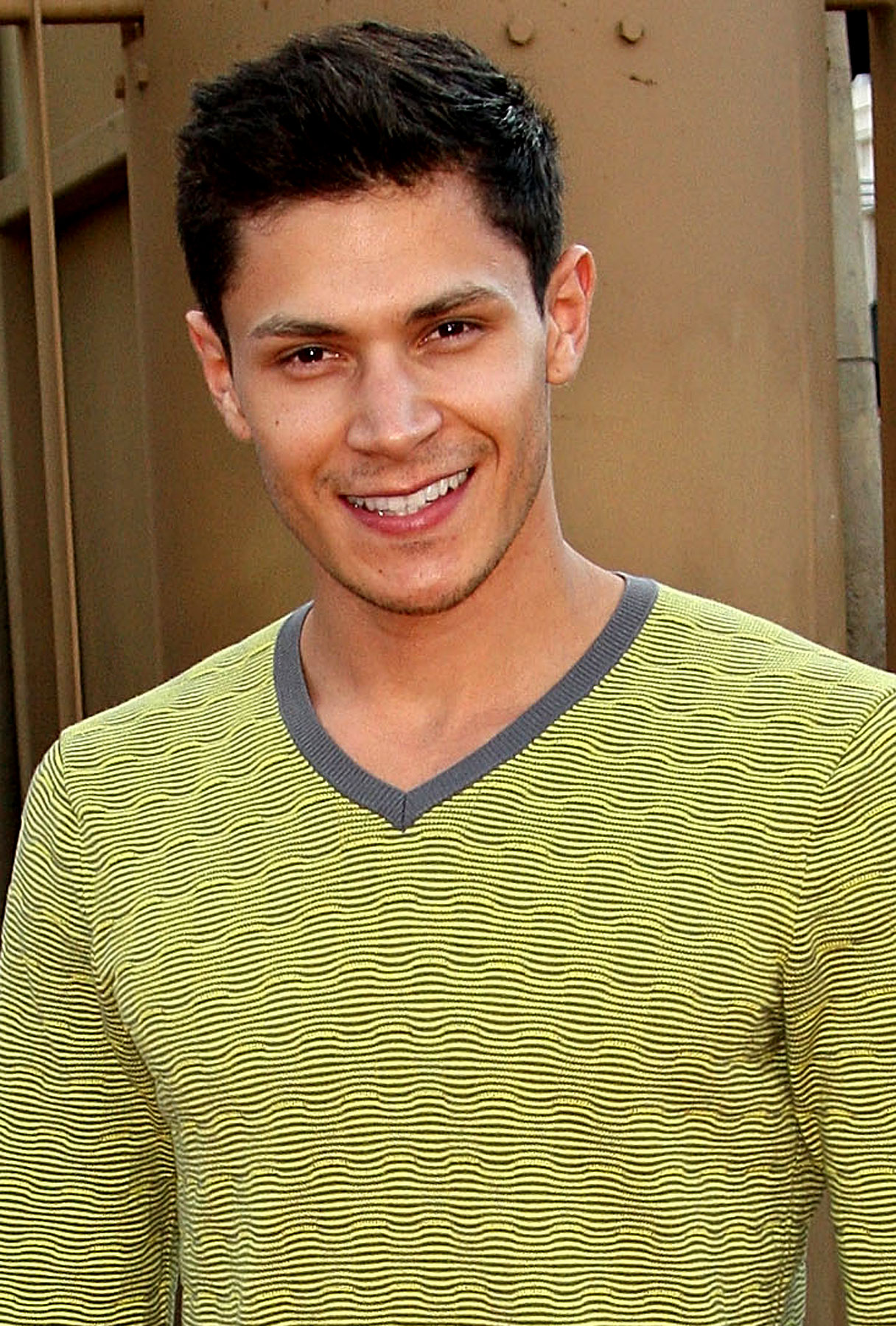 Alex Meraz Talks New Moon, Eclipse, and the Joy of Cliff-Diving