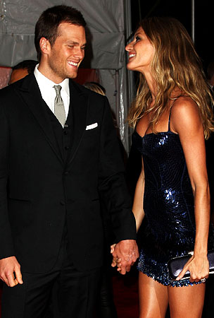 BUZZ LINKS: Gisele and Tom Are Having A Girl!