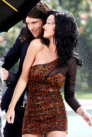 "Katy Perry Gets ""Starstrukk"" With 3OH!3"