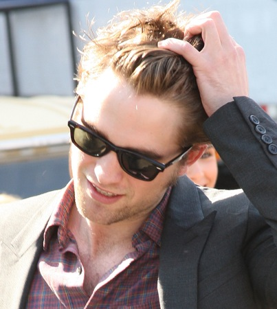Robert Pattinson Admits to Copping James Dean's Style