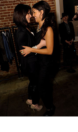 PHOTO GALLERY: Ashley Greene Hangs with Gossip Girls
