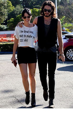 PHOTO GALLERY: Katy Perry & Russell Brand Fuel Up