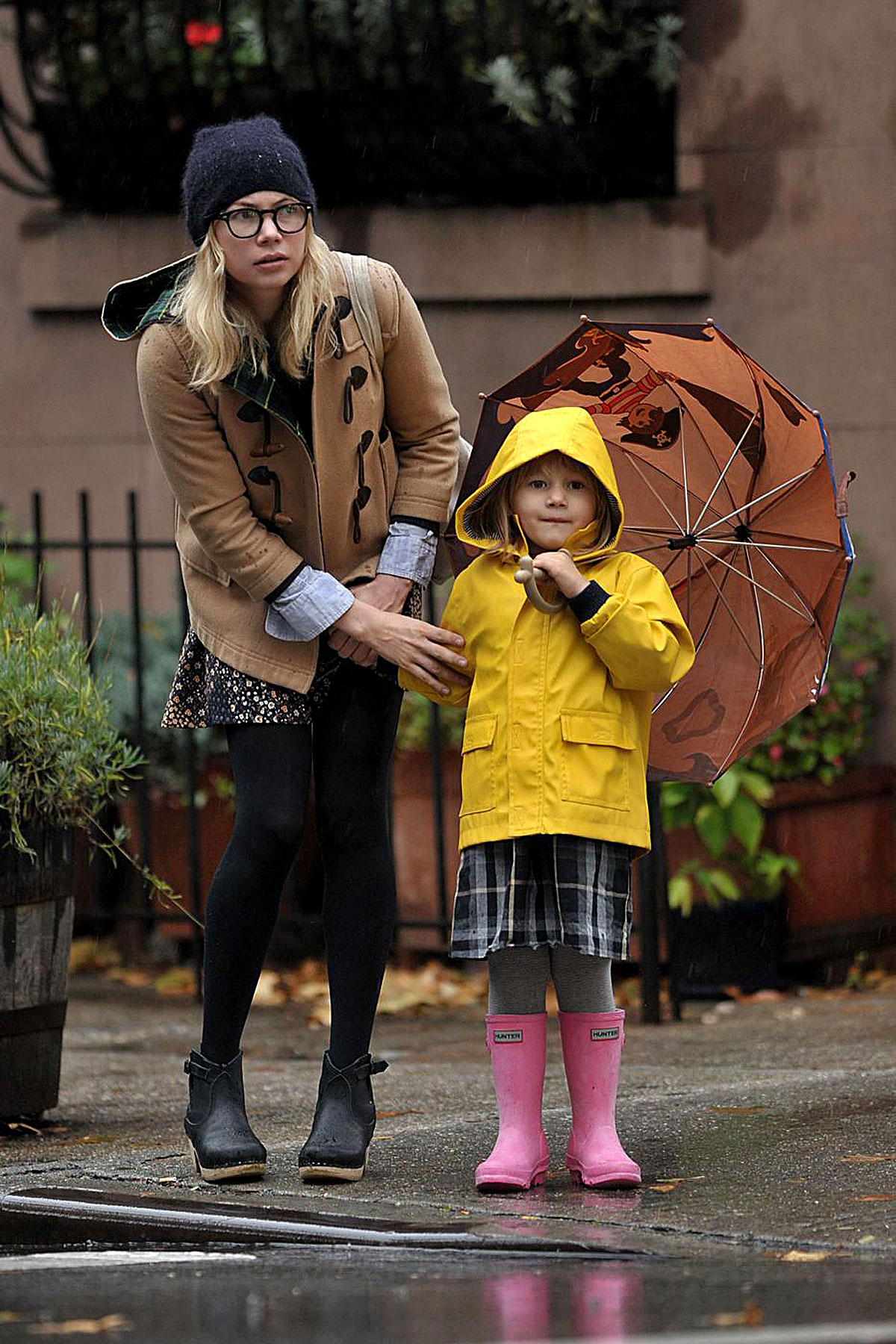 PHOTO GALLERY: Matilda Ledger is Rainy Day Adorable