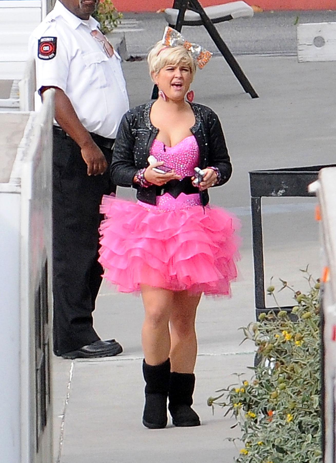 PHOTO GALLERY: Kelly Osbourne Gears Up to Dance