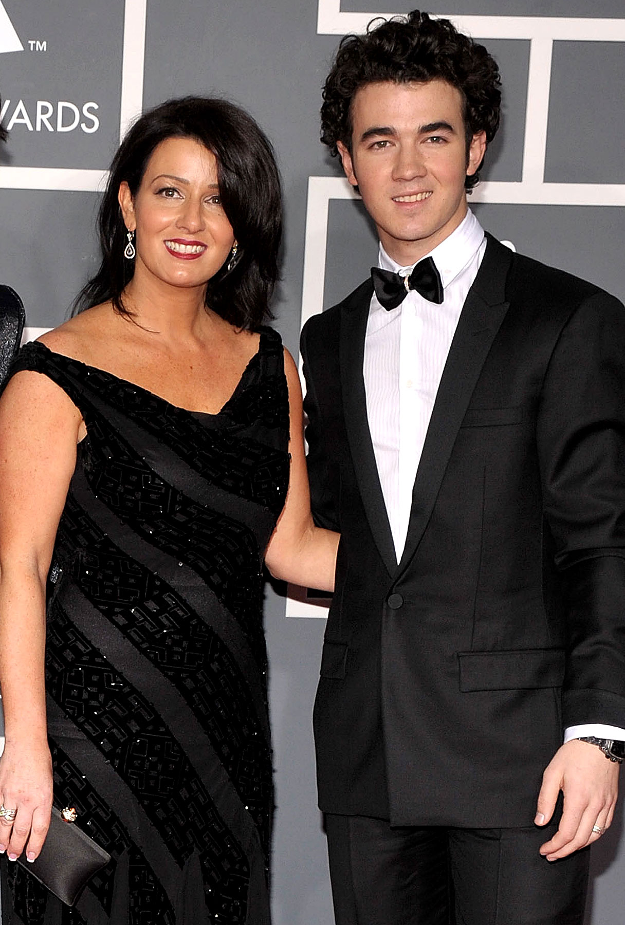 Mama Jonas Totally Loves Kevin's Fiance!