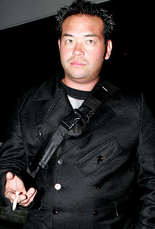 NEWS FLASH!: Jon Gosselin Accepts Responsibility for His Actions!