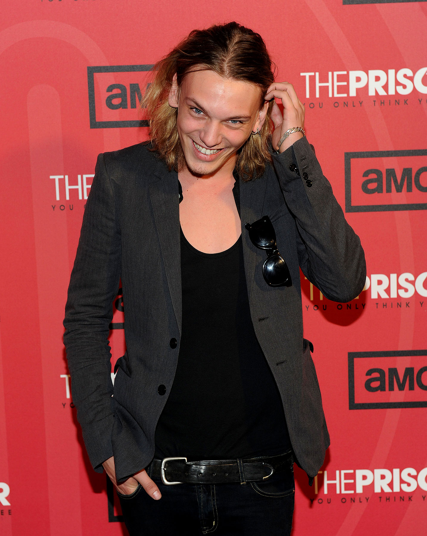 PHOTO GALLERY: Jamie Campbell-Bower at 'The Prisoner'
