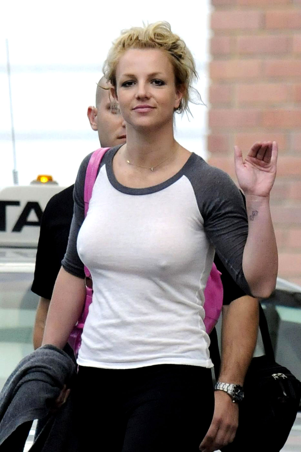 PHOTO GALLERY: Britney Goes Braless