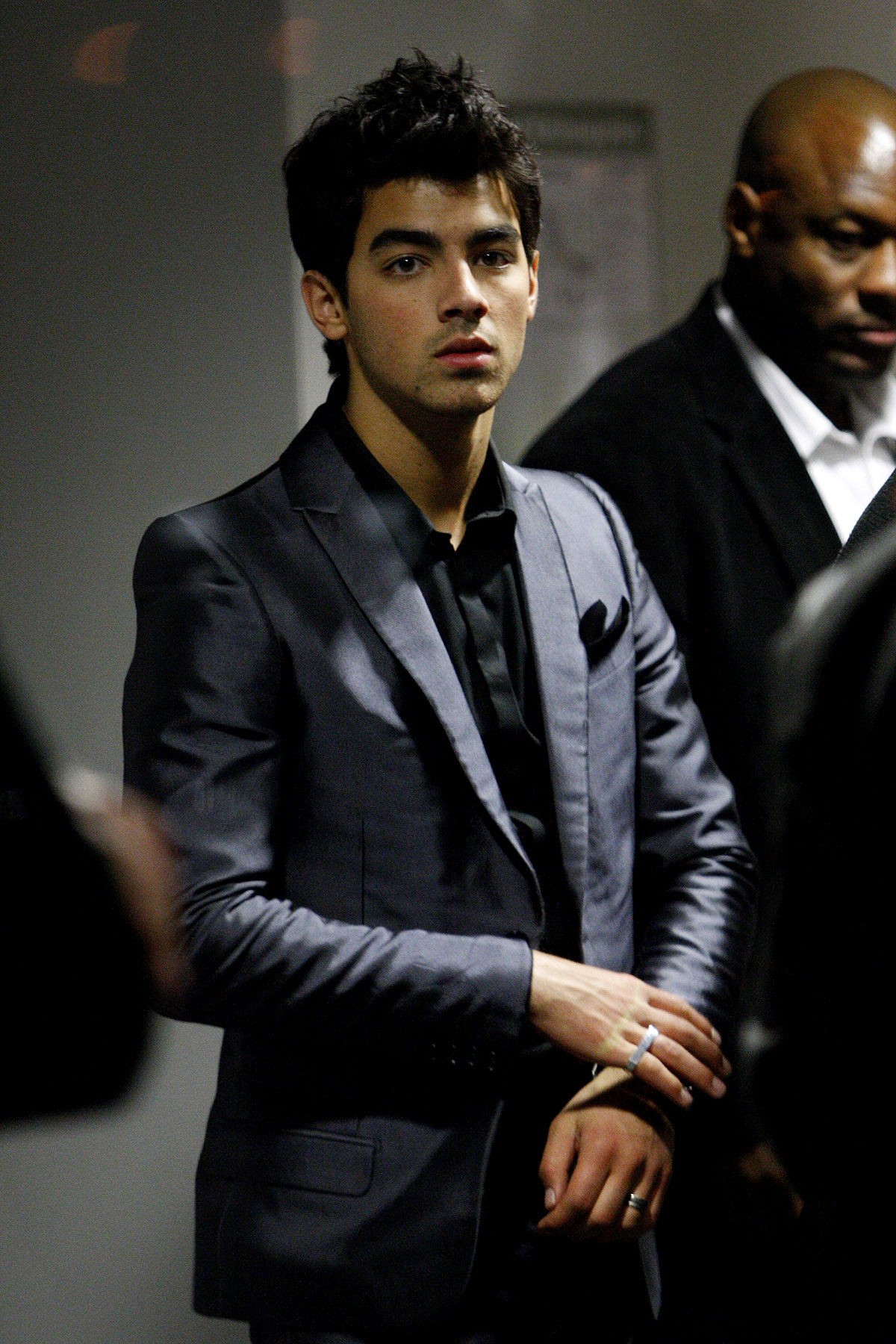 PHOTO GALLERY: The Jonas Brothers Jet Out