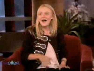 """VIDEO: Dakota Fanning Stops By """"Ellen"""""""