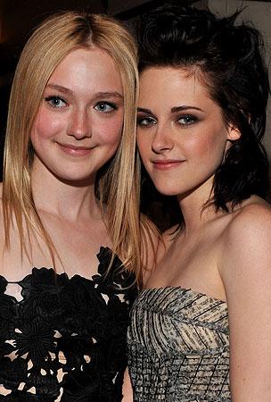 Dakota Fanning Spills on Kristen Stewart Kiss!