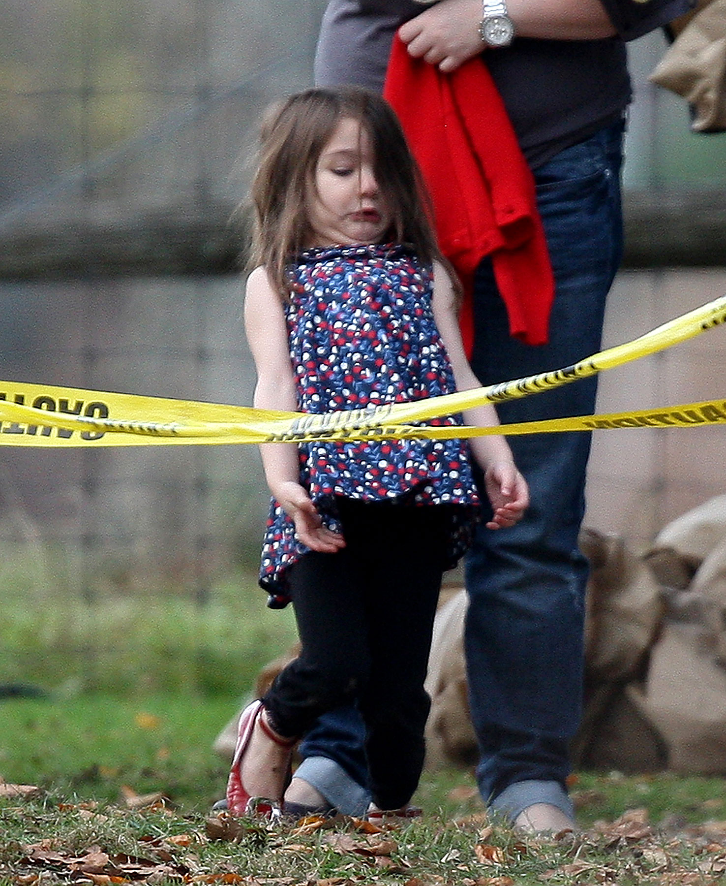 PHOTO GALLERY: Suri Cruise Entertains Herself, And Us