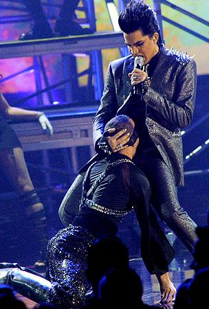 Adam Lambert Adds Apologies to His Repertoire