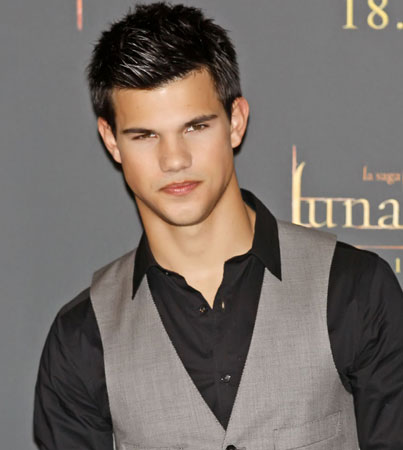 Taylor Lautner Lands New Role With A 100% Forecast For More Shirtless Pics