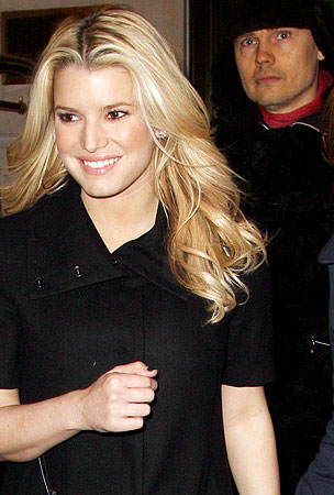 Humpday Roundup: Billy Corgan & Jessica Simpson — Are They or Aren't They?