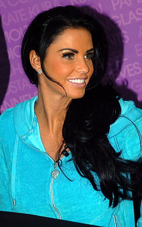 Katie Price Is Orange (PHOTOS)