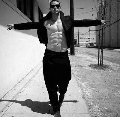 Kellan Lutz Has Some Big Man Panties To Fill (PHOTOS)
