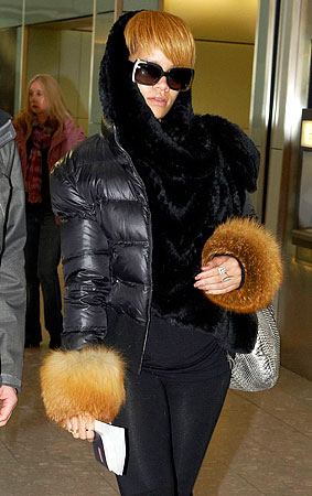 Rihanna Is Turning Herself Into Some Kind of Furbeast (PHOTOS)