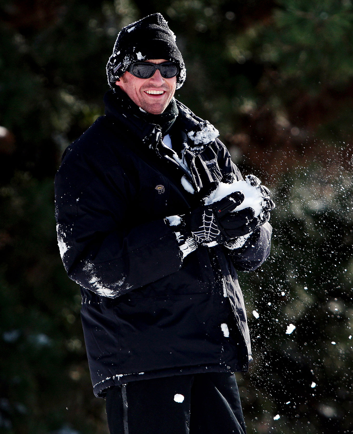 Hugh Jackman Frolics In the Snow (PHOTOS)