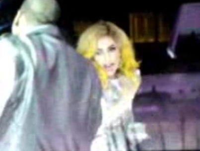 Lady GaGa Has Lost Her Head(Piece)! (VIDEO)