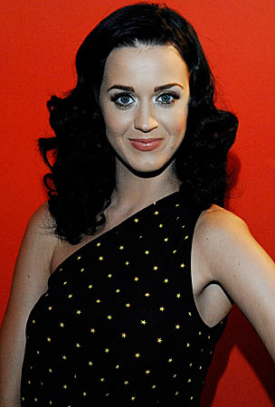 BUZZINGS:  Katy Perry Gets in on the Hot Pregnancy-Rumor Action