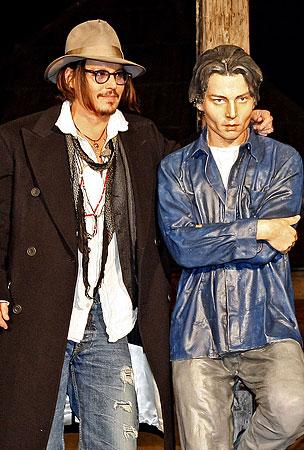 Johnny Depp Not Amused By Artist's Interpretation of Him (PHOTOS)