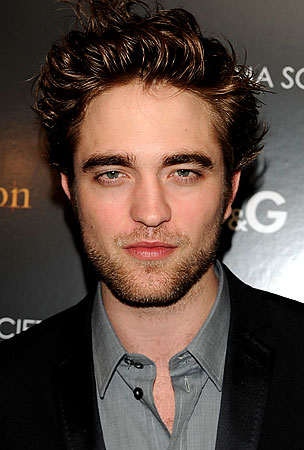 Robert Pattinson to Host Haiti Telethon. Why Yes, He IS Better Than You.