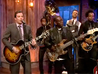 Jimmy Fallon, Randy Jackson, and The Roots Try Getting Our Pants On the Ground (PHOTOS)