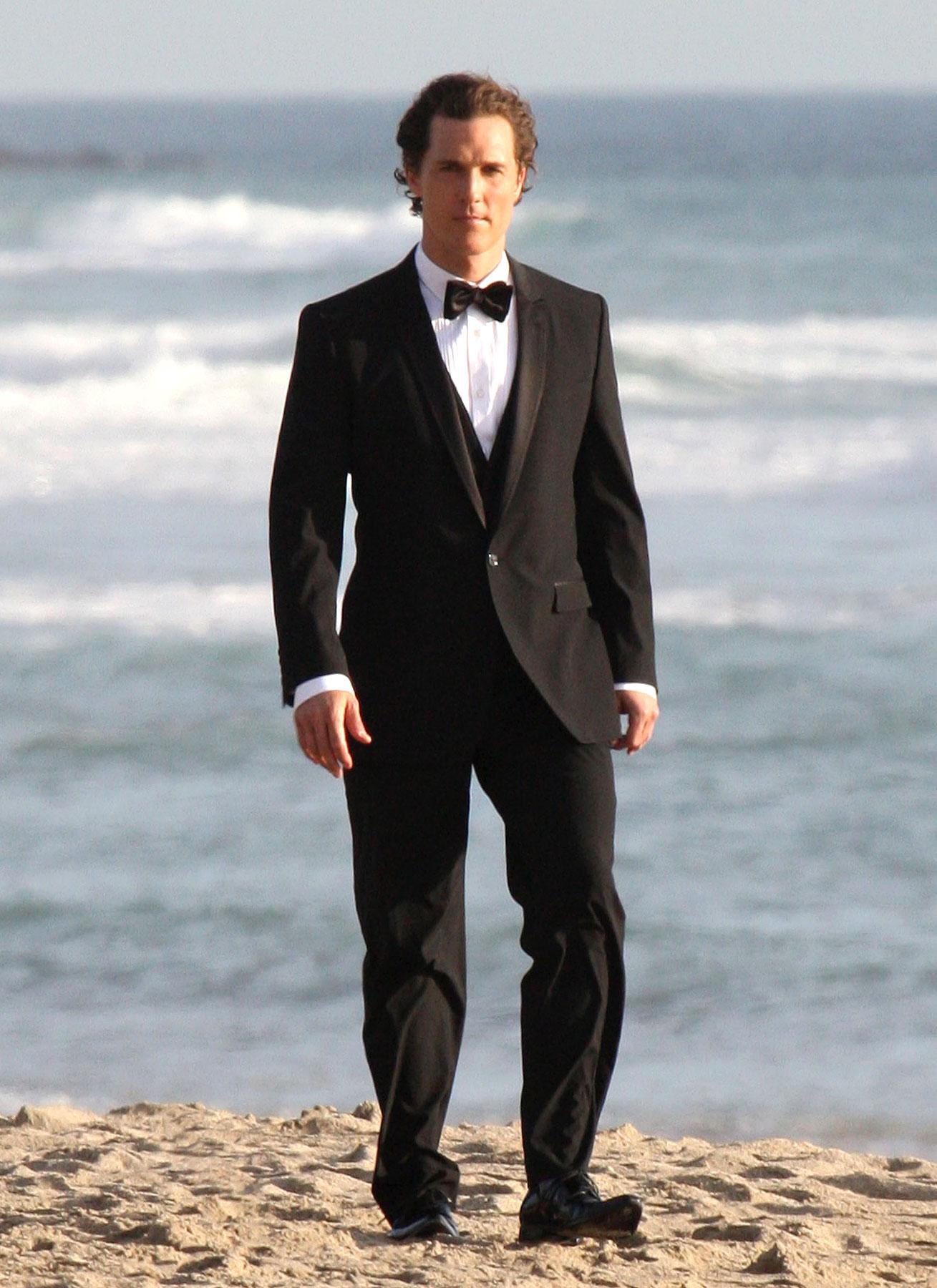 Matthew McConaughey Models the Latest in Beach Formalwear (PHOTOS)