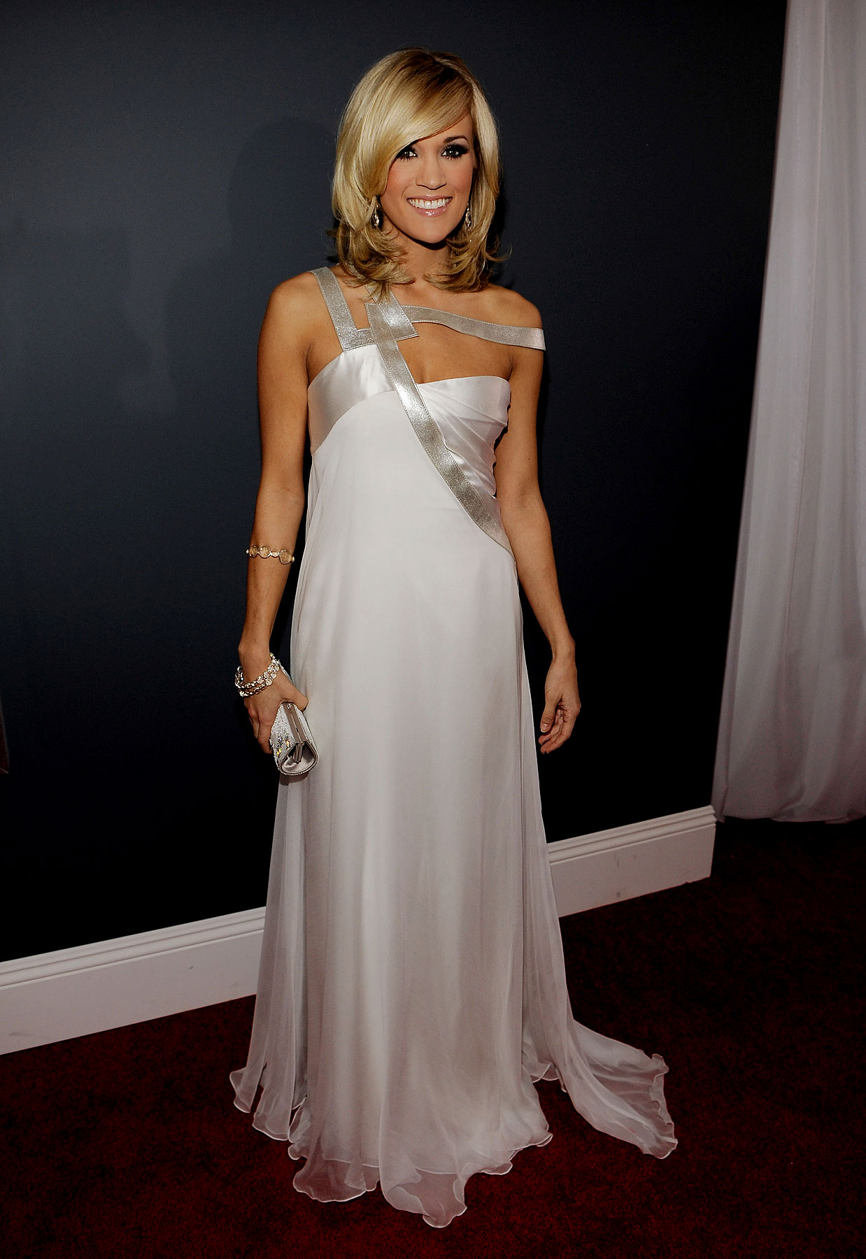 Best Dressed: 2010 Grammy Awards FTWs (PHOTOS)