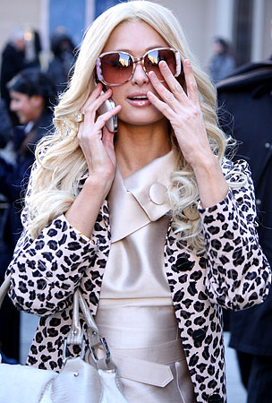 """Paris Hilton Called """"Dumb"""" By Her Burglars; Paris Looks Up From Cartoons To Say """"Huh?"""""""