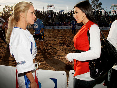 Kim Kardashian and Kendra Wilkinson Are Taking This Super Bowl Thing Really Seriously, Y'all